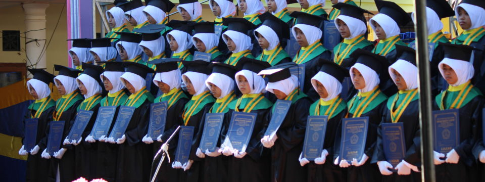 Wisuda Lulusan MTS dan MA Putri Al-Khoirot 2016