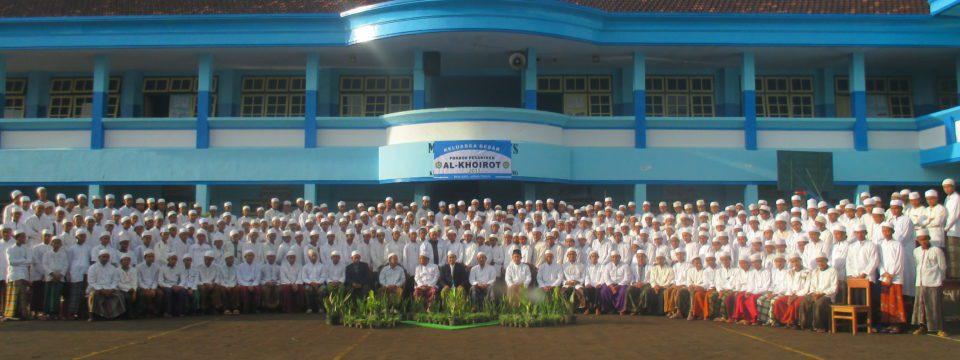 Pondok Pesantren Al-Khoirot Malang